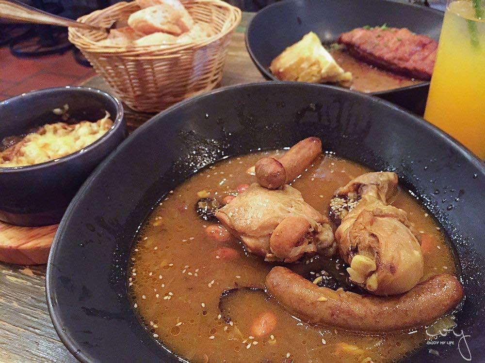 越南胡志明市美食推薦,平價又有氣氛的Cocotte法國料理!