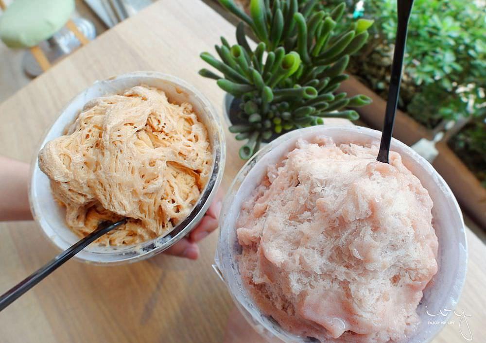 逢甲夜市法雅花園,手拿系珍奶雪花冰清爽不甜膩,義式冰淇淋低卡低脂綿密順口
