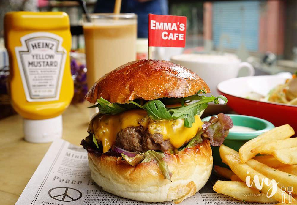 Emma's Cafe 二訪中國醫附近巷弄早午餐廳,全新菜單上市,老少咸宜的和風洋食和重磅漢堡,還有提供包場服務!