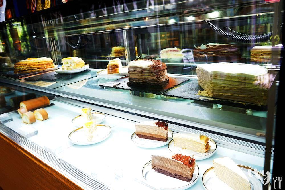 香緹果子|台中大坑下午茶人氣水果千層蛋糕,就在大坑登山口旁只要170元,還有各款千層和生乳捲可外帶喔!
