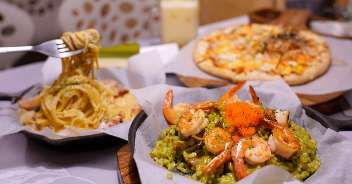 JT燉飯 |一中商圈平價義式餐廳推薦,200元就有多種義大利麵、燉飯、pizza可挑!(文末菜單)
