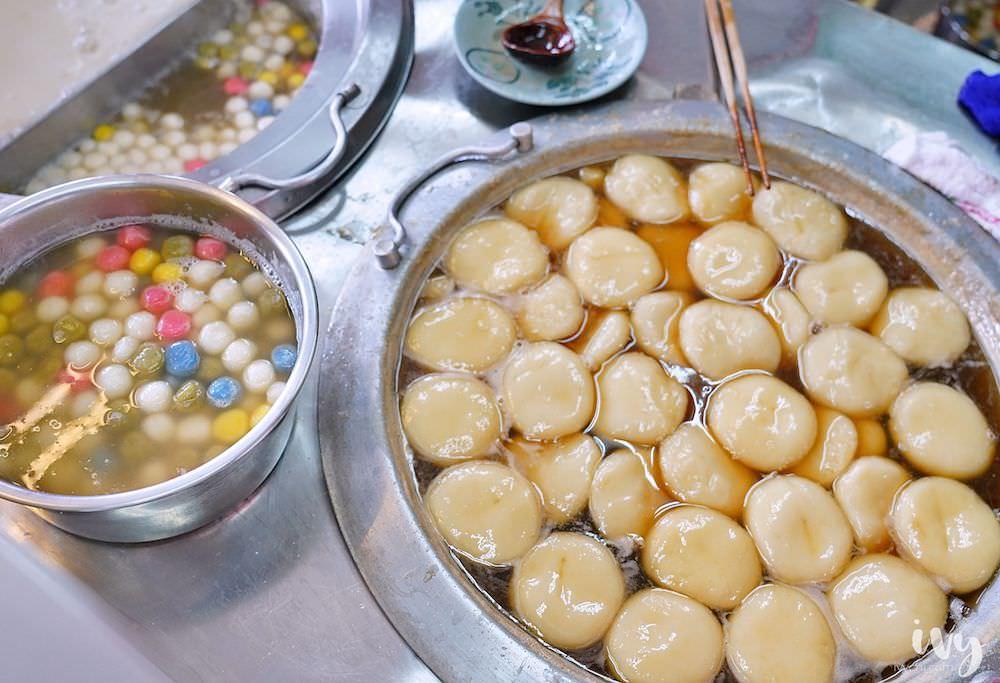長興圓仔冰  雲林斗六甜品,傳承三代老店,30元兩顆芝麻花生燒麻糬和多種清涼冰品!