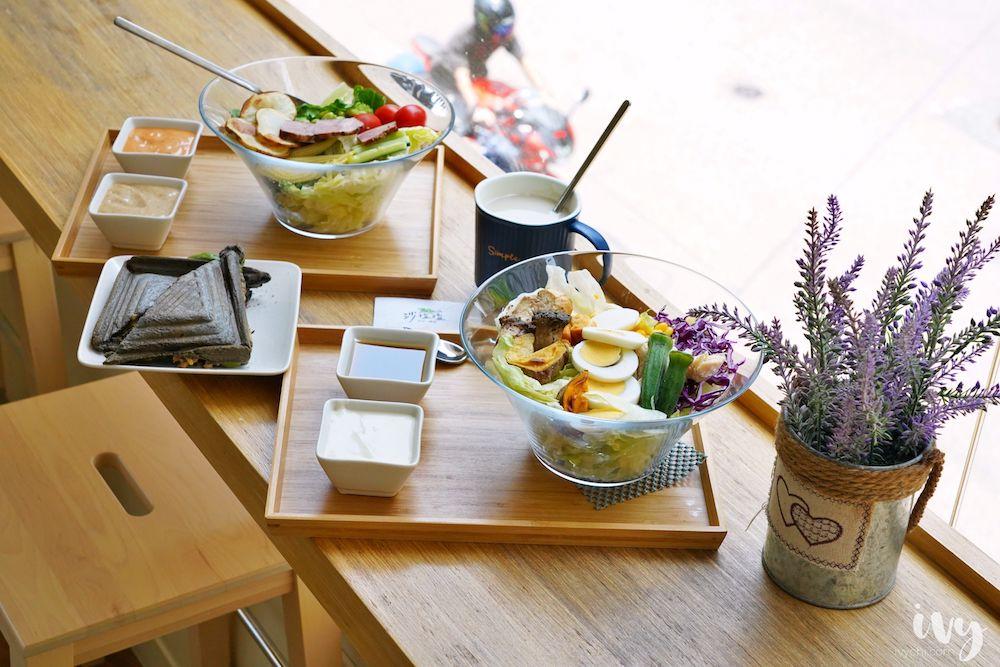 沙拉嗑 台中西區美食,精明商圈蛋奶素 素食餐廳,輕食沙拉自由配