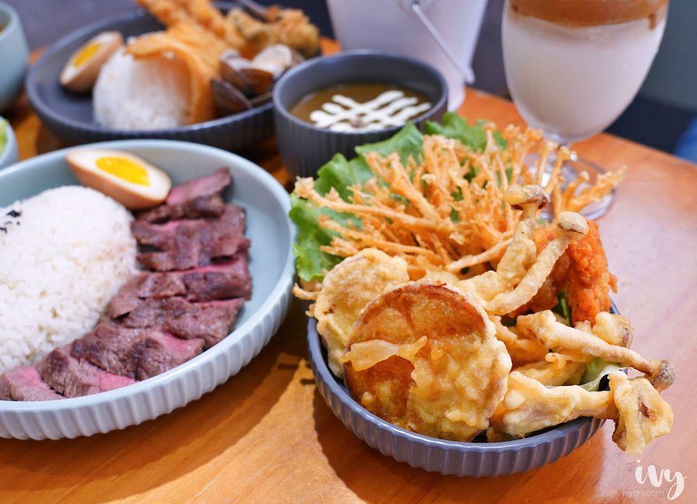 海鮮咖哩專賣店 |台中北區寵物友善餐廳,手炒咖喱加爆量牛肉,值得細細品嚐