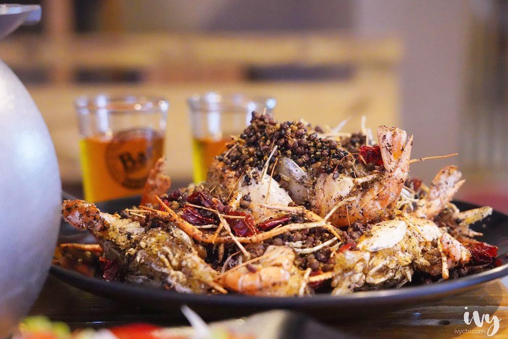 青海岸活蝦料理  台中宵夜也有活體泰國蝦24吃,風螺和熱炒,凌晨5點還有外送外帶服務!