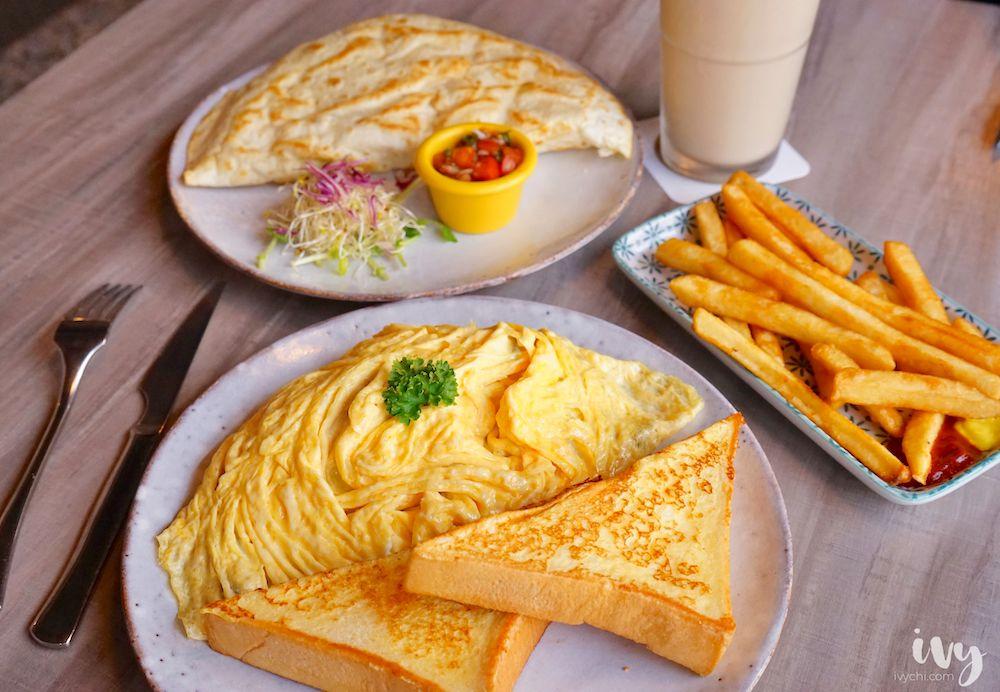 奧樂美特英才店  台中北區不限時附插座咖啡廳,早午餐200元有找,飲料還能免費續杯!