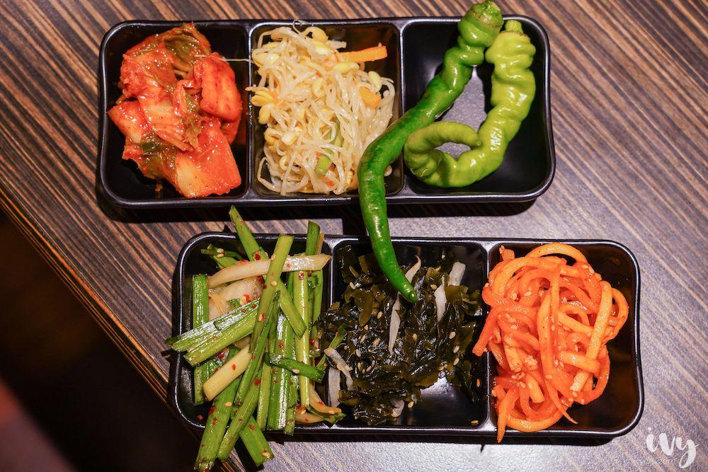 糕糕在尚  豐原韓式烤肉吃到飽400元有找,8種肉品、起司、拳頭飯、小菜、飲料通通吃到飽,還有韓服免費體驗!27