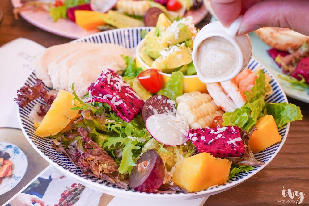 阿飛Brunch  藏身大魯閣新時代巷弄的文青早午餐,結合新鮮蔬果的早午餐盤、輕食、咖哩!