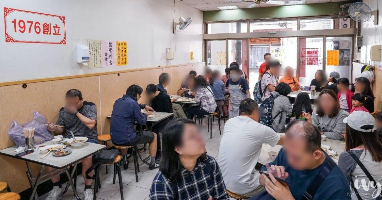 盛東餃子館  台中東勢一開門就客滿的40年老店,來東豐鐵馬道騎腳踏車可以順道過來吃!