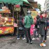 中壢中原夜市排隊美食,大顆澎脆的QQ球,還有免費加7種料!開運屋地瓜球