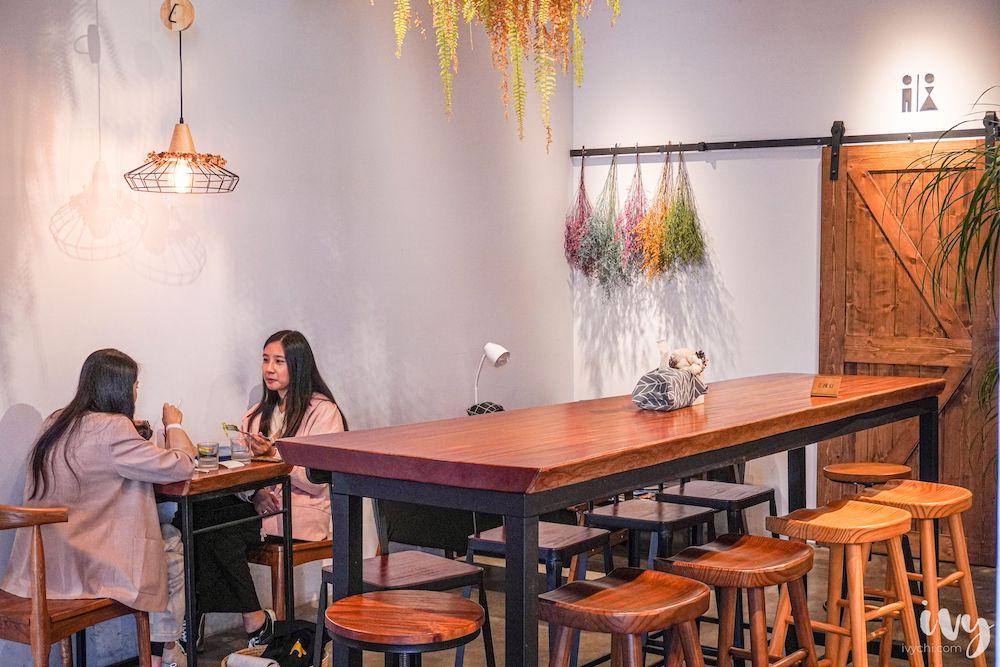 煦苑咖啡  台中大里美食,清新綠意早午餐必推優格花園,還有咖啡、手作甜點限量供應!