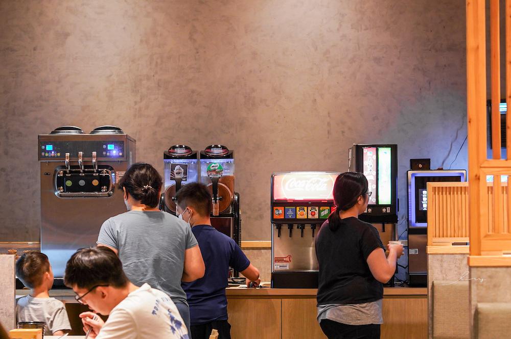 築間幸福鍋物 祥順店|台中北屯人氣火鍋店,還有韓國直送哈密瓜霜淇淋、明治冰淇淋、飲料冰沙吃到飽!