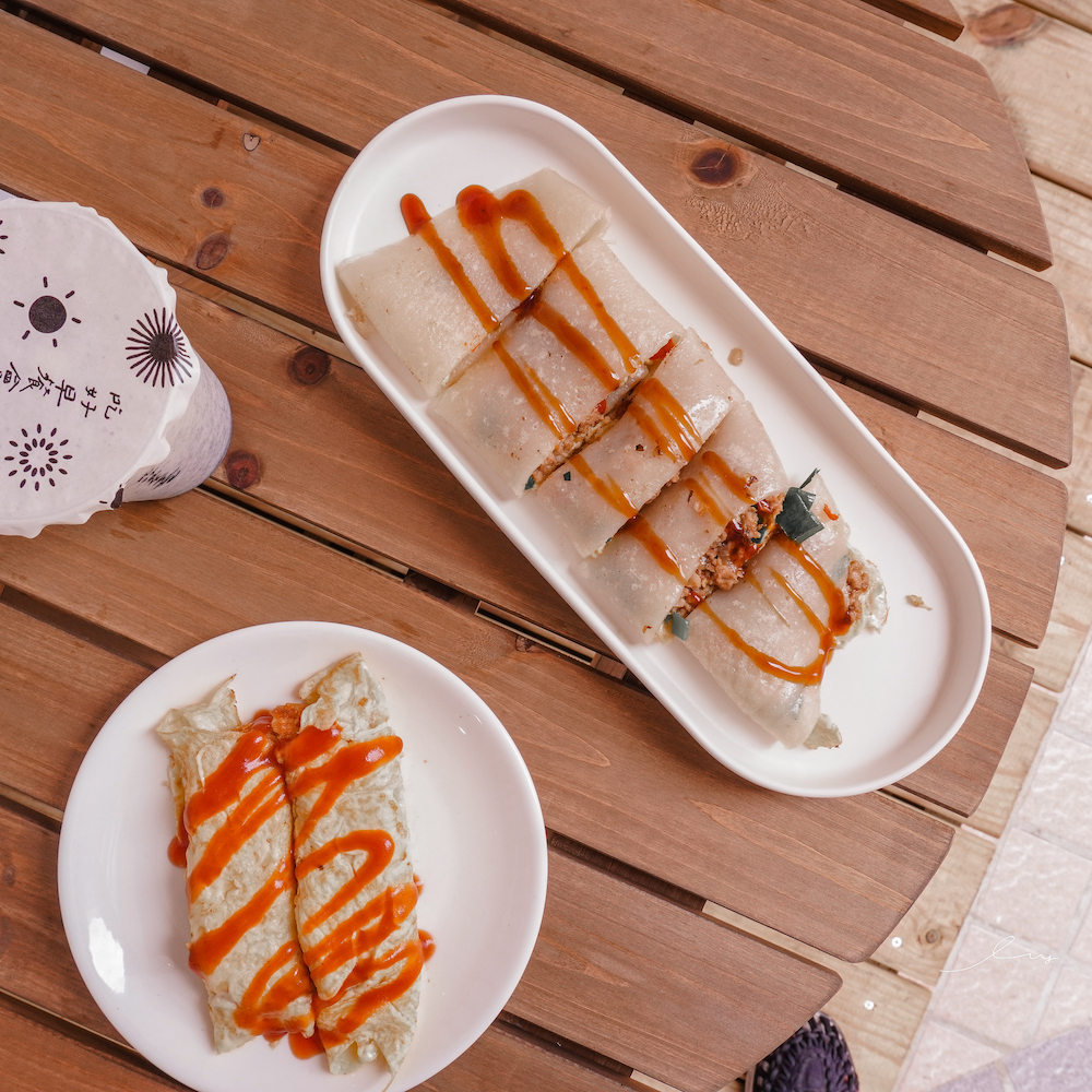 歐米夏早餐店 |台中大業路美食,銅板價吃得到古早味泰式打拋豬粉漿蛋餅,還有超嫩薯餅蛋塔!