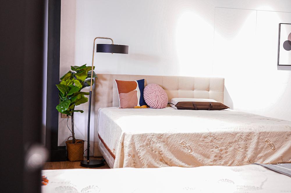 邵家院 |台中床墊推薦,大甲30年老字號床墊工廠,堅持手工製作,打造簡單舒適的床墊品牌!