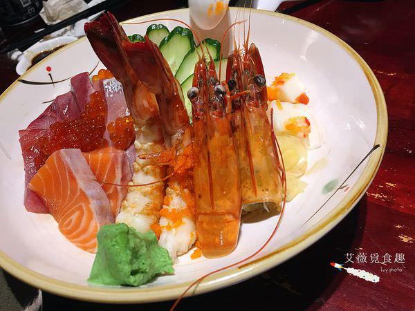 小竹屋日式料理 || 台中逢甲夜市隱藏版平價日式料理店,價位閃亮亮,又超大份量生魚片丼飯,必點料理鐵砲,讓你嚇到!